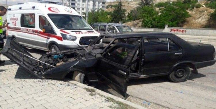 Sivas'ta trafik kazası 5 yaralı