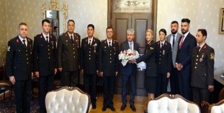 Vali Doğan: 'Jandarma Teşkilatı, devletini huzur içinde yaşatmak için çalışıyor'