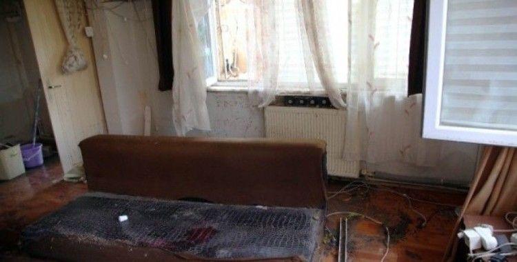 Kartal Belediyesi selden zarar gören vatandaşların yardımına koştu