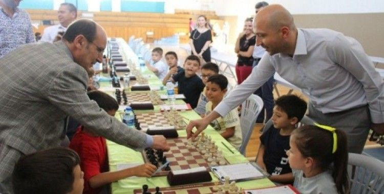16 ilden 180 sporcu Ulusal Satranç Turnuvasında buluştu