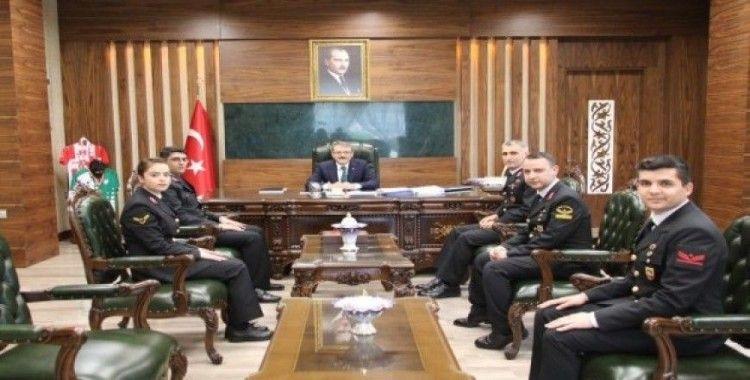 """Vali Ekinci, """"Jandarma, milletimizin huzur içerisinde yaşaması için hizmet vermektedir"""""""