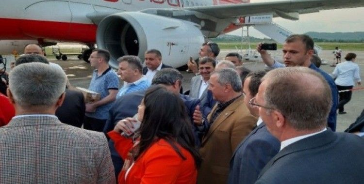 Atlas Global Türk bayraklı uçağıyla Almanya-Zonguldak seferini başlattı