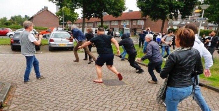 Hollanda'da İslam karşıtı eylem yapan Wagensveld'e tepki
