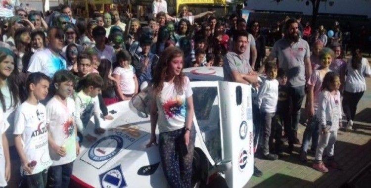 Üniversite öğrencileri yerli elektrikli araç 'Ecotron-3' ile bahar şenliğinde
