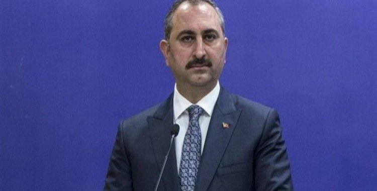 Adalet Bakanı Gül, Cumhurbaşkanı Erdoğan'a bilgi verdi