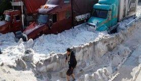 Meksika'da dolu fırtınası, kent buzla kaplandı