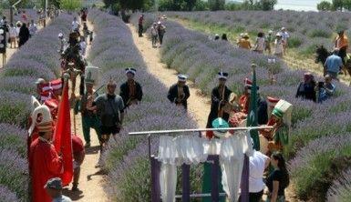 Lavanta kokulu köyde lavanta günleri başladı