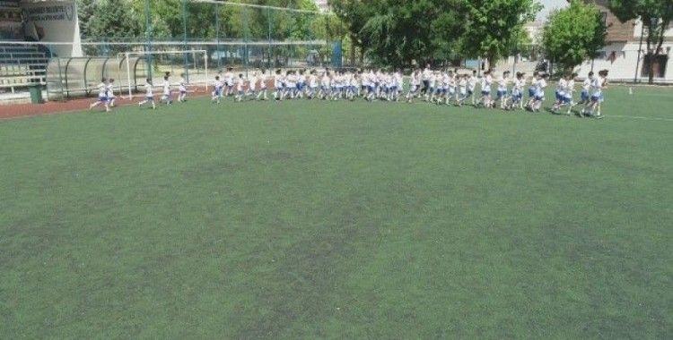 Şahinbey yaz spor okullarına yoğun ilgi