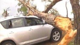 Fırtınanın sebep olduğu tahribat görüntülendi