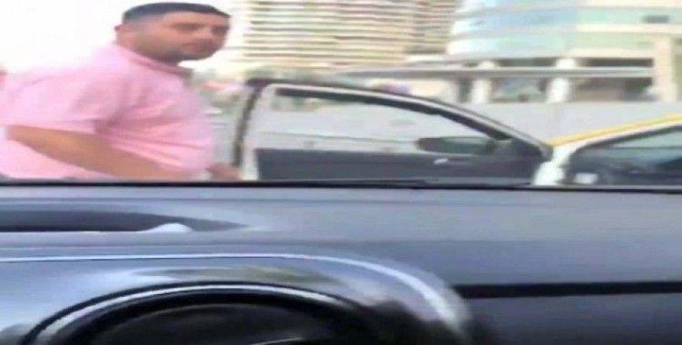 Taksi şoförü trafikte tehditler savurdu