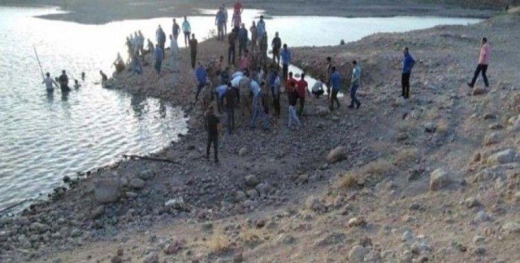 Nusaybin'de gölete giren amca çocukları boğuldu