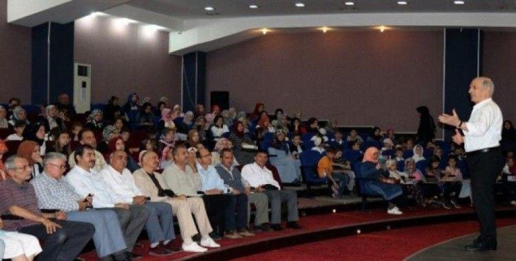 Okuryazar Buluşmaları'nın ilk konuğu yazar Rahim Er oldu