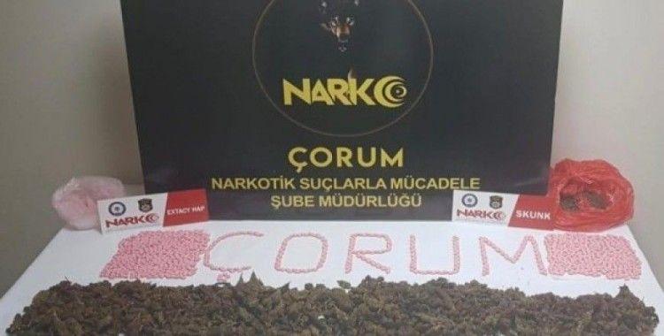 Narkotimlerden zehir tacirlerine operasyon: 5 gözaltı