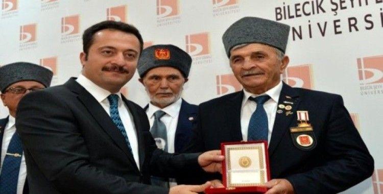 Kıbrıs gazilerine 'madalya ve berat'