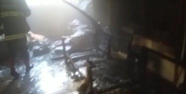 Ateşle oynayan çocuk evi yaktı