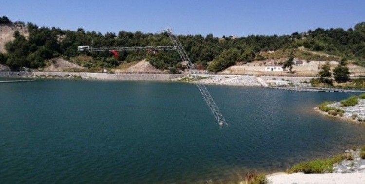 Karlısu Göleti'nde su kayağı keyfi