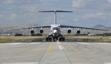 S-400'leri getiren 4. dev uçak Mürted'de