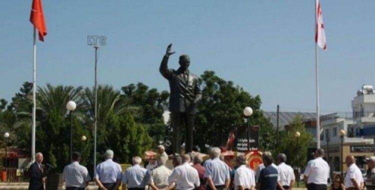 Bülent Ecevit KKTC'de törenle anıldı