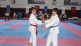 Germencik'teki karate şampiyonası nefes kesti