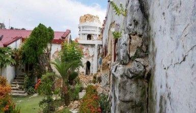 Filipinler'i deprem vurdu, 8 ölü