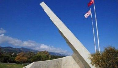 Barış ve Özgürlük Anıtı bakımsız halde