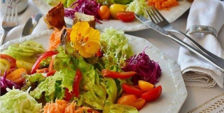 'Kalp hastaları diyetlerini bayramda devam ettirmeli'