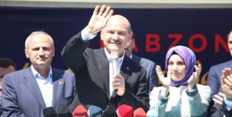 Bakanlar Soylu ve Turhan, Trabzon'da bayramlaşma törenine katıldı