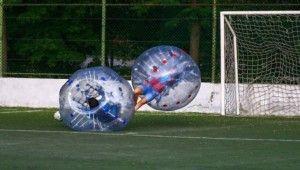 Başkentlilerin balon futbolu keyfi