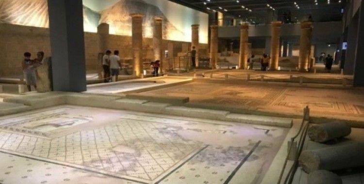 Zeugma Mozaik Müzesi'nde bayram yoğunluğu