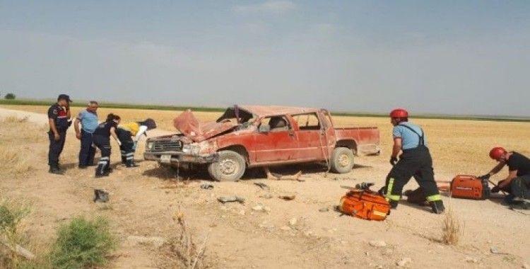 Karaman'da kamyonet devrildi; 1 ölü, 4 yaralı
