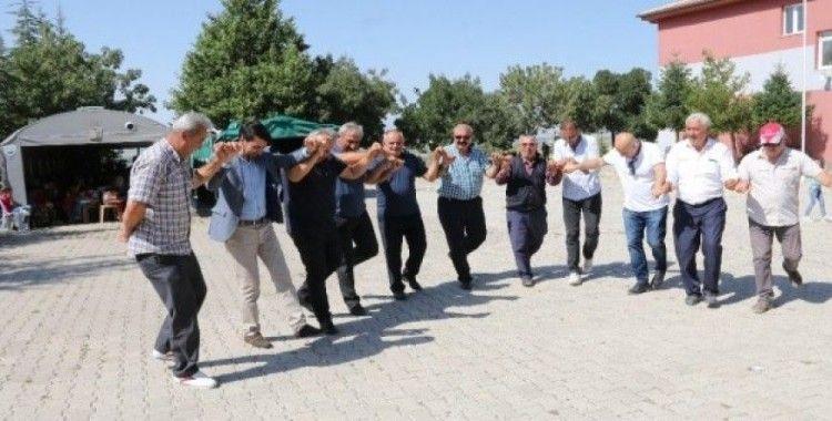 Başkan Öztürk Kirazlı ve Çubuklu Şenliklerine katıldı