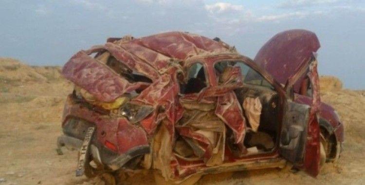 Aydın plakalı araç Aksaray'da kaza yaptı 3 ölü 4 yaralı