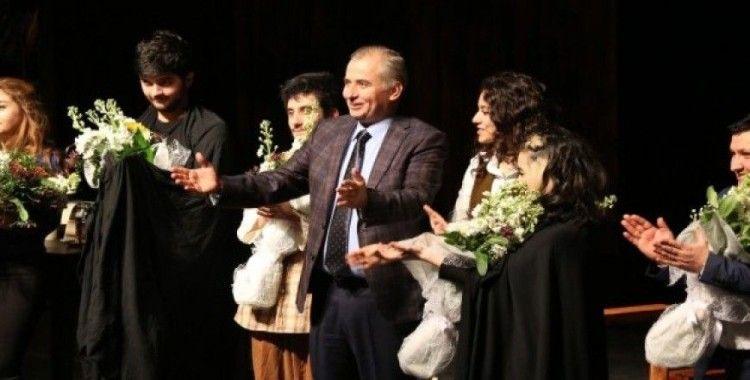 Denizli'ye tiyatro alanında 3 ödül verildi
