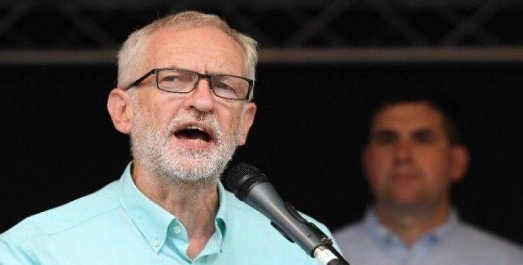 İşçi Partisinden, Johnson'u başbakanlıktan indirme ve Brexit'i erteleme vaadi