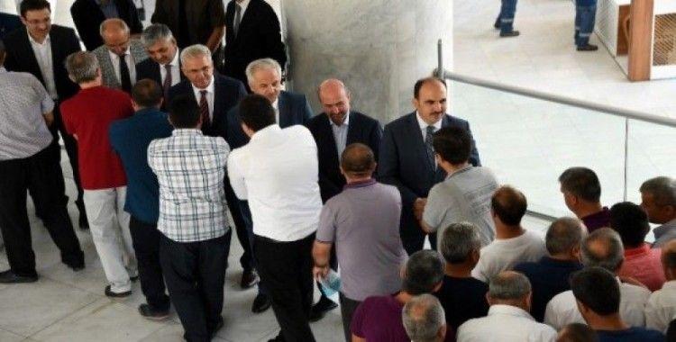 Büyükşehir ve merkez ilçe belediyeleri bayramlaştı