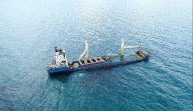 Karaya oturan gemi su almaya başladı