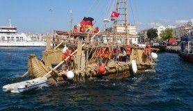 Kamıştan gemi Çanakkale'de