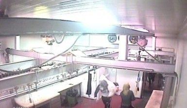 80 bin liralık et hırsızlığı kamerada