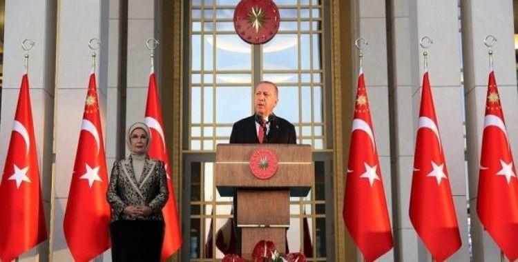 """Cumhurbaşkanı Erdoğan: """"Kuzularımızı kurtlara kaptırtmayacağız"""""""