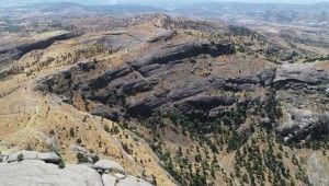 Terörden arındırılan Kefrun Kalesi dağcı ve yamaç paraşütçülerini bekliyor