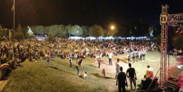 Akhisar'da Karadenizliler Gecesi düzenlendi