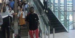 Abdoulay Diaby Beşiktaş için İstanbul'da