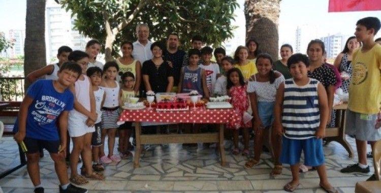 Başkan Tarhan'dan doğum günü sürprizi