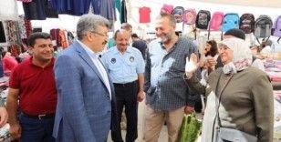 Vali Bilmez, halk pazarını ziyaret etti