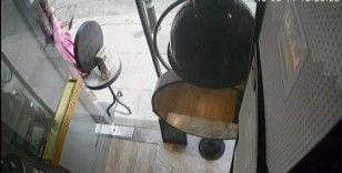 (Özel) İstanbul'un lüks semtinde ilginç hırsızlık kamerada