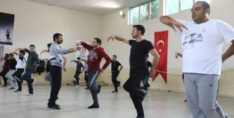 Denizli'de ücretsiz halk oyunları kurs kayıtları başladı
