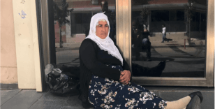 Diyarbakır'da bir anneden daha HDP önünde oturma eylemi