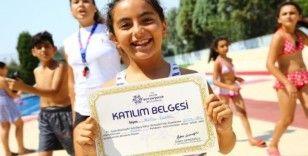 Aydın'da 3 bin çocuk yüzme öğrendi