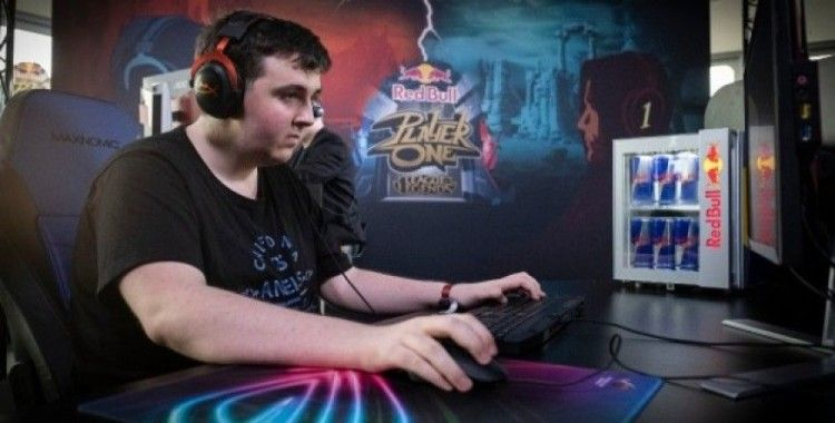 Red Bull Player One 'Teke Tek' League of Legends turnuvası GameX'te