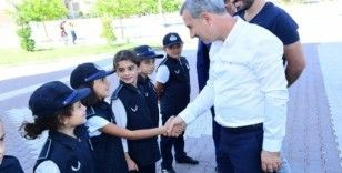 Başkan Çınar, gönüllü zabıta ekibiyle denetime çıktı